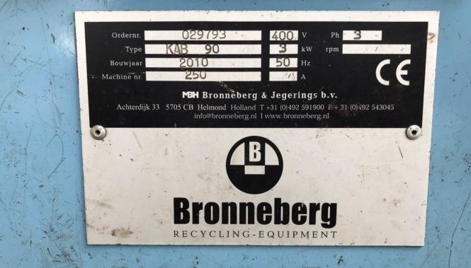 Uzywana Skórowarka do Kabli Bronneberg Typu Kab-90